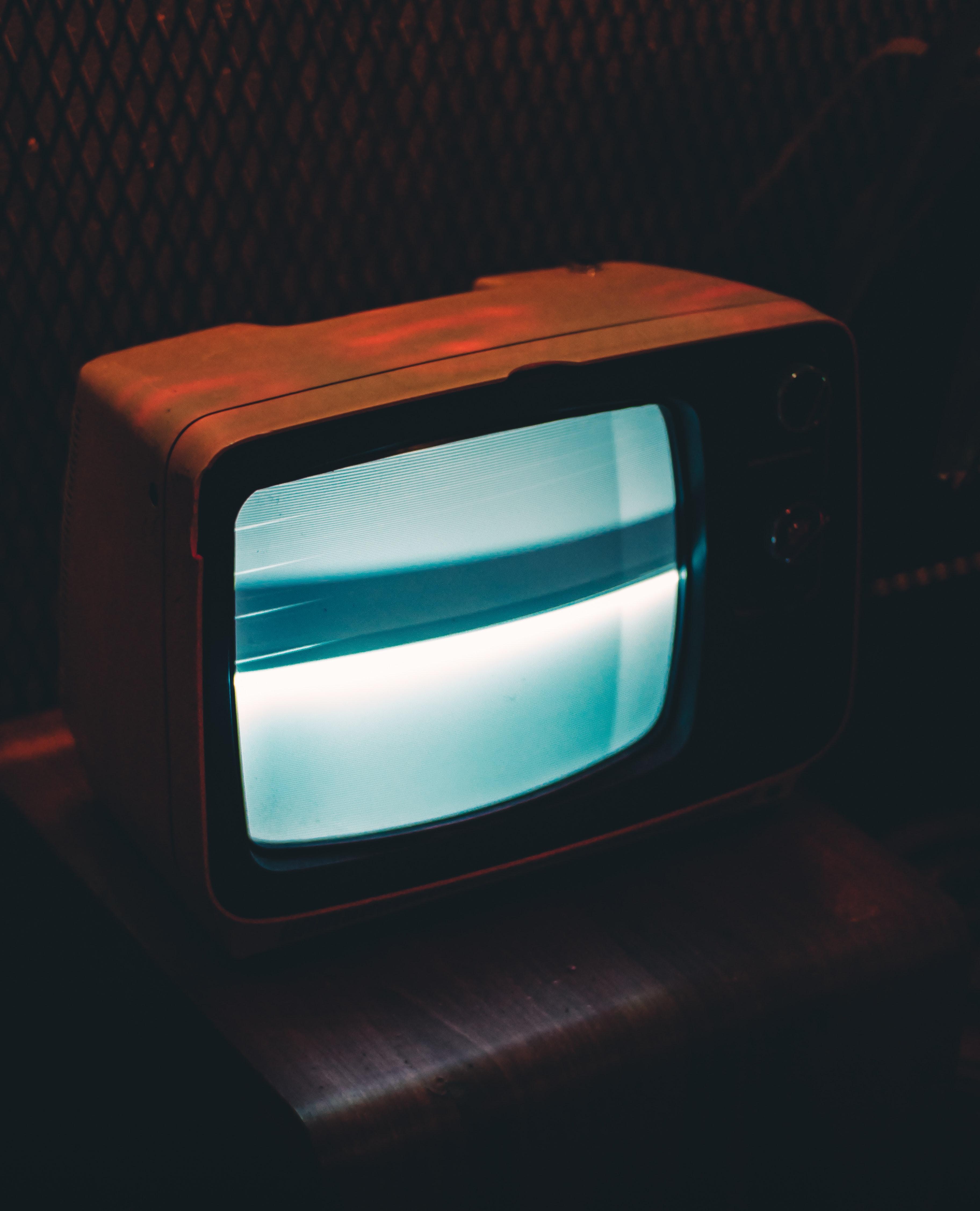 black-crt-tv-showing-gray-screen-704555 (1)