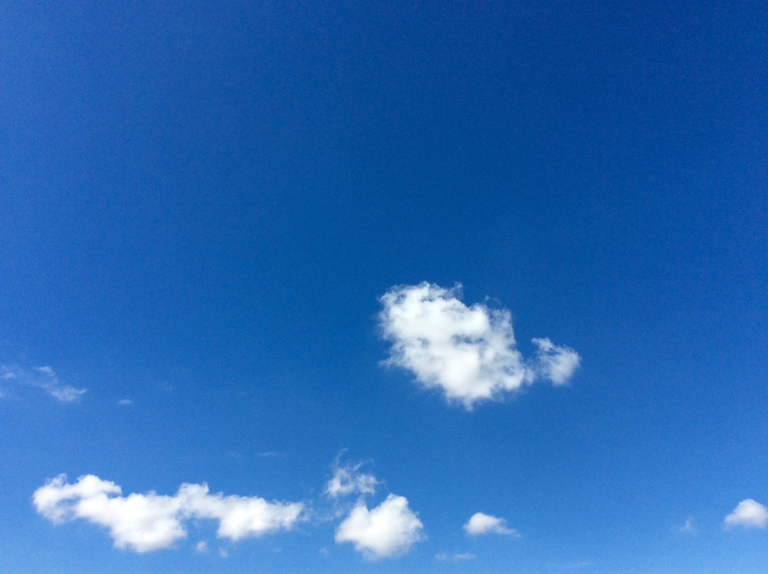 blue-blue-sky-beautiful-sky-puffy-clouds-4423022