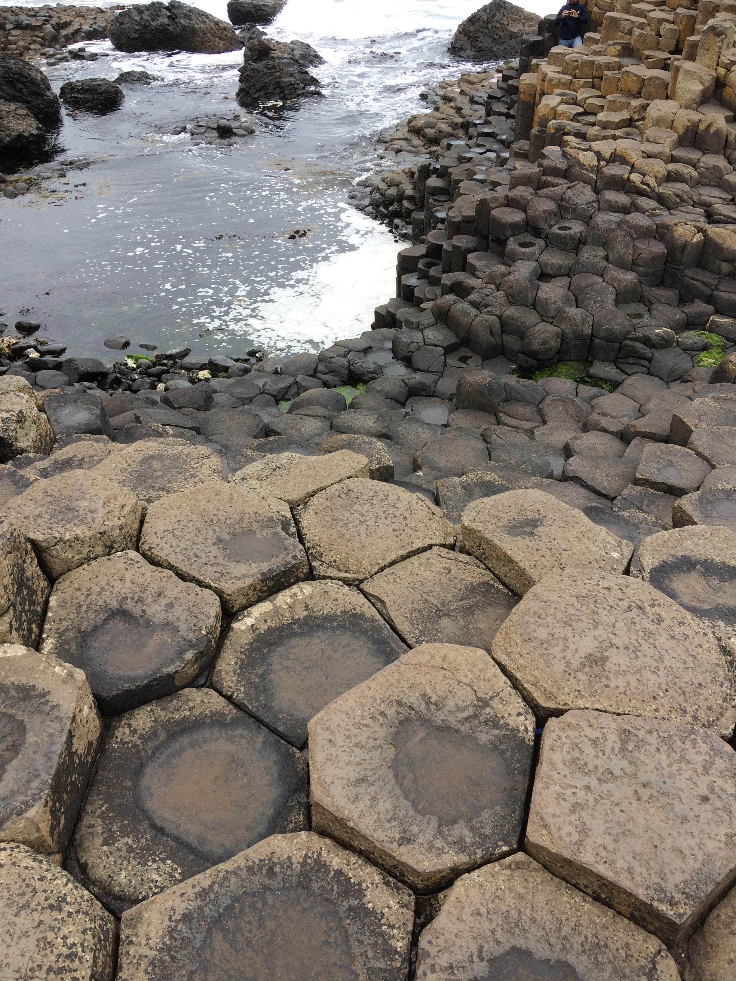sea-rock-giants-hexagon-3631712