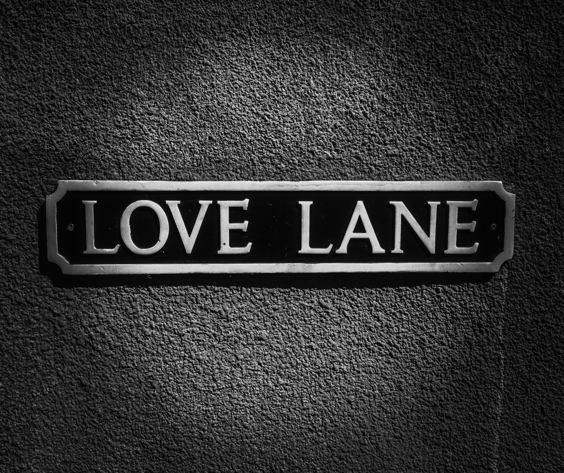 love-sign-street-sign-4526072